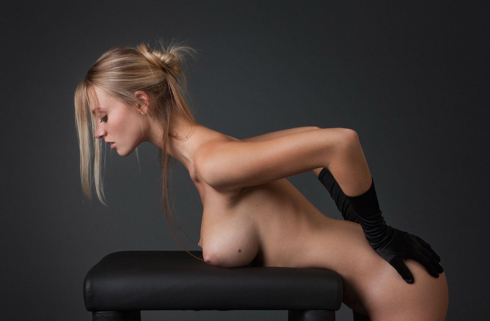 Rushe Nackt Sexy Girls